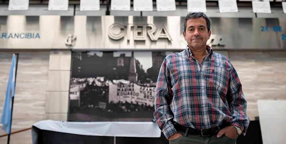 Eduardo Pereyra på CTERA:s huvudkontor i Buenos Aires. Facket är det största i Argentina. Foto: Felipe Morales