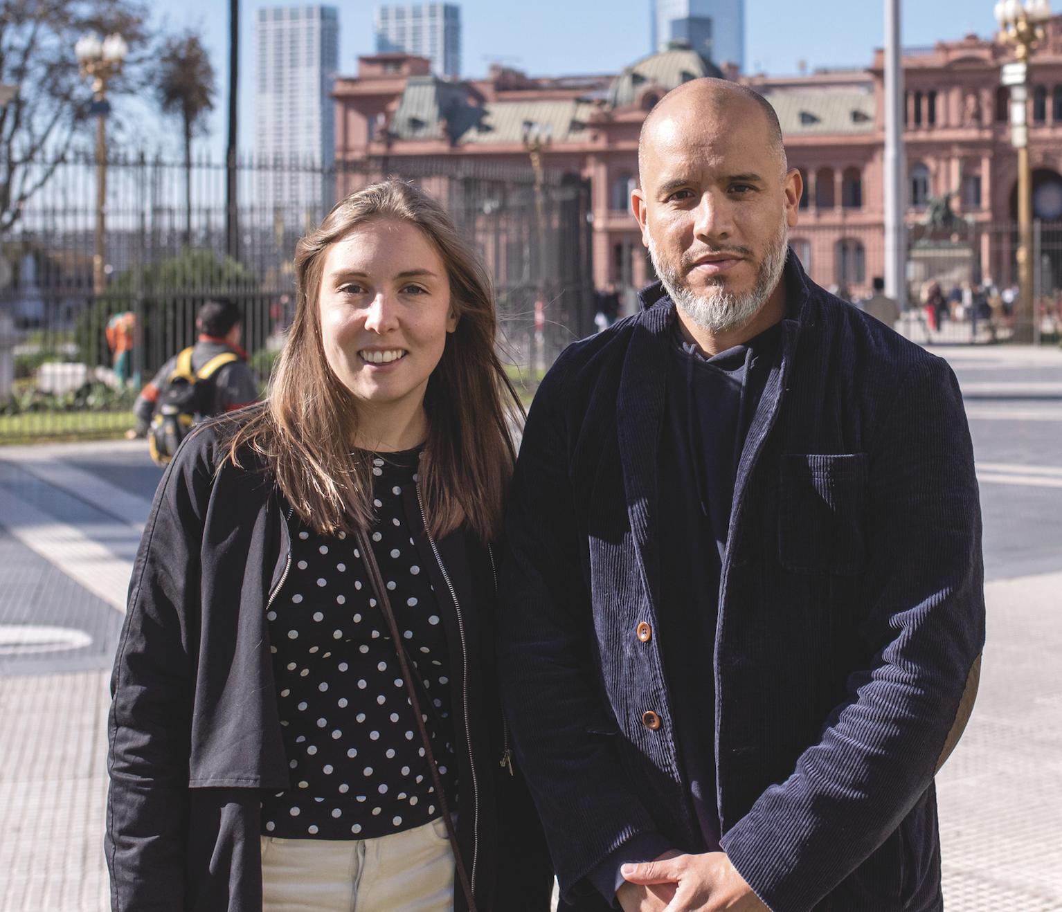 Skolvärldens reporter Katarina Sandberg och fotograf Felipe Morales på plats i Argentina.