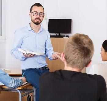 Förslag: Byt elevens val mot mer SO och NO