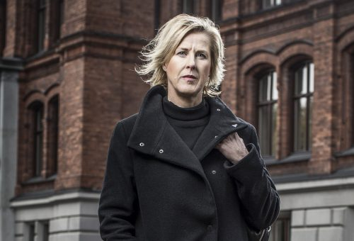 Åsa Fahlén, kaxig, tegel, 2000 px