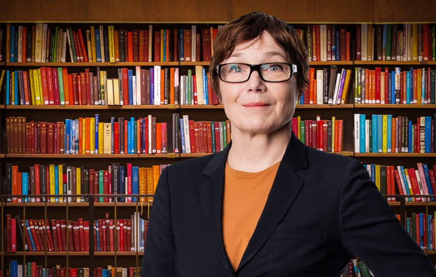Ann-Marie Körling, bokhylla, bibliotek